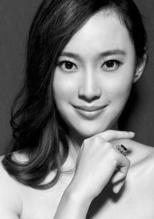 屈玥 Yue Qu演员