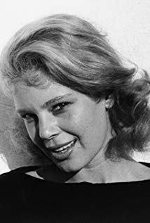 贝丝蒂·帕尔默 Betsy Palmer演员