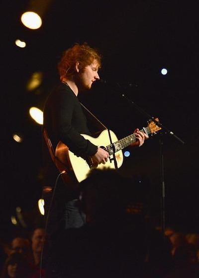 与Ed Sheeran的九个日夜海报