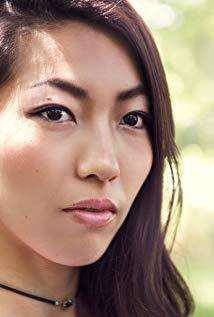 Rina Takasaki演员