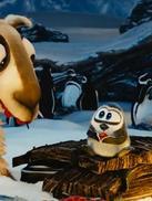 可爱的羊驼:带小企鹅回家