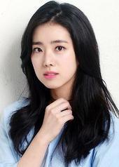 韩恩书 Eun-seo Han
