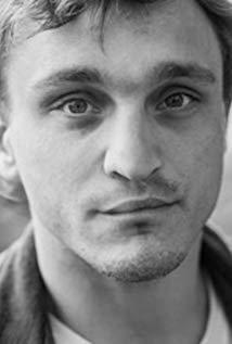 弗兰茨·罗戈夫斯基 Franz Rogowski演员