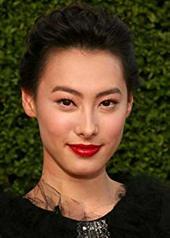 梁洛施 Isabella Leong