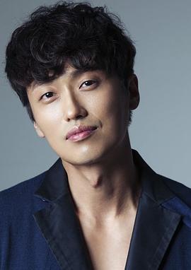 裴浩根 Bae Ho-geun演员