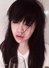 王若子 Ruozi Wang
