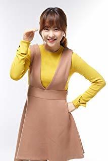 朴宝英 Bo-young Park演员