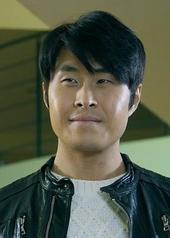 闵度允 Doyun Min