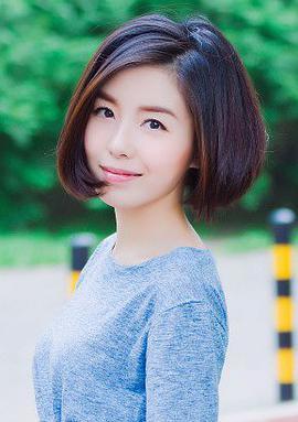 王初伊 Lingyu Wang演员