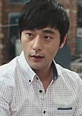 尹柱万 Joo-man Yoon