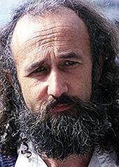 曼特·阿门达里兹 Montxo Armendáriz