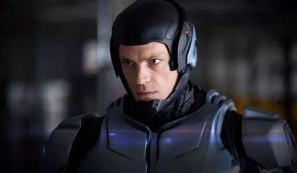 导演你是穿越来的么,10部真实预见未来的科幻片