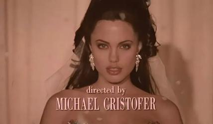 安吉丽娜·朱莉最出色的电影,我劝你别看删减版