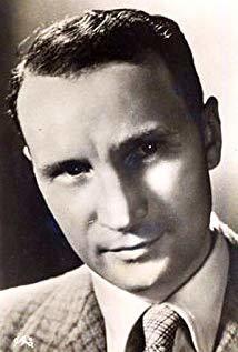 瑞奈·列费夫尔 René Lefèvre演员