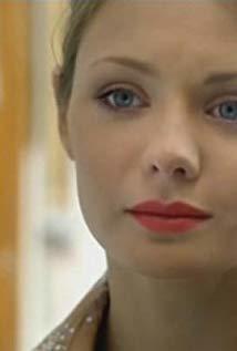 卡丽娜·拉祖莫夫斯卡娅 Karina Razumovskaya演员