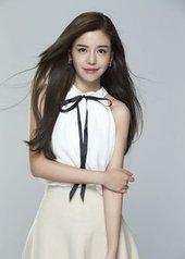 李毓芬 Tia Lee
