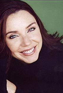 Stephanie Courtney演员