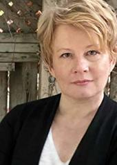 伊丽莎白·桑德斯 Elizabeth Saunders