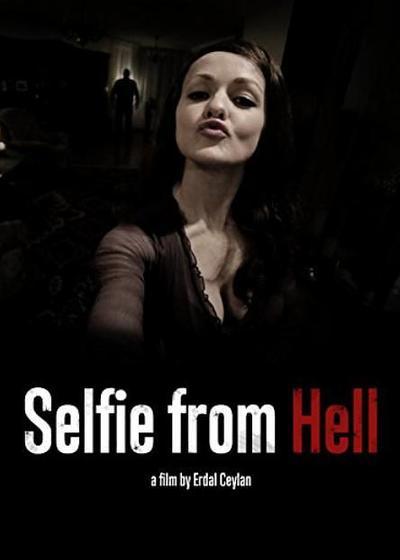 地狱自拍照海报