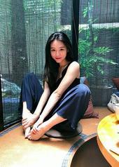 周紫馨 Zixin Zhou