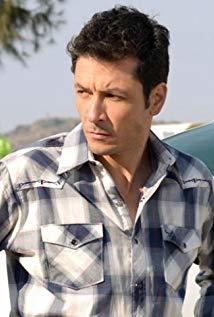 劳尔·门德兹 Raúl Méndez演员