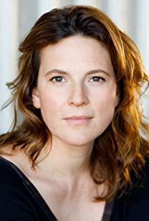 Anne Weinknecht演员