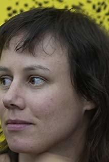 伊娃·勒鲍 Eva Löbau演员