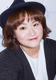 金信英 Kim Sin-yeong演员