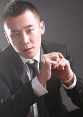 王梓 Zi Wang
