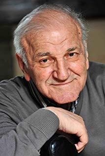 韦利米尔·巴塔·日沃伊诺维奇 Velimir 'Bata' Zivojinovic演员