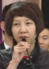 欧冠瑛 Koon Ying Au