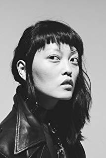 汉娜·梅·李 Hana Mae Lee演员