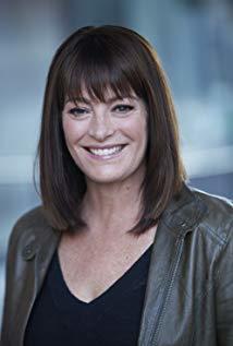 Tawnia McKiernan演员