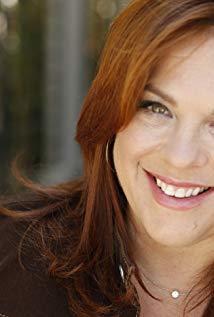 莱斯莉·布恩 Lesley Boone演员