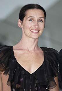 安妮·波诺什 Anne Brochet演员