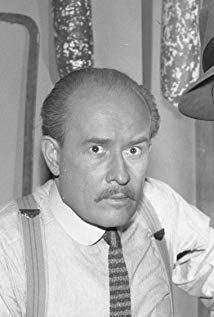乔治·沃斯科维奇 George Voskovec演员