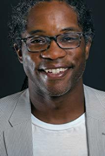 Orlando Bishop演员