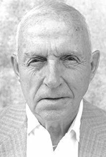 大卫罗姆 David C. Roehm Sr.演员