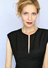 艾米丽·科索洛基 Emily Kosloski