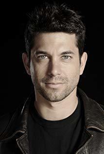 亚当·加西亚 Adam Garcia演员