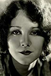 Barbara Leonard演员