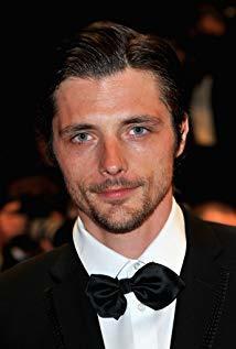 拉斐尔·佩尔索纳 Raphaël Personnaz演员