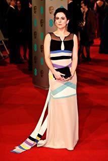 菲比·福克斯 Phoebe Fox演员