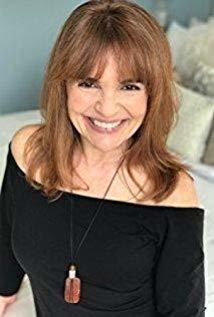 Julie Maddalena演员