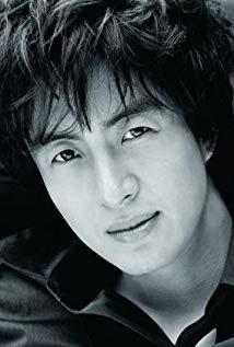 裴勇俊 Yong-jun Bae演员