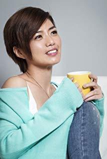 严艺文 Yi-Wen Yen演员