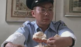 1981年,港片的票房冠军,导演是第一代喜剧之王,首位金像奖