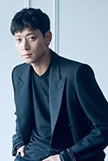 姜栋元 Dong-won Kang演员