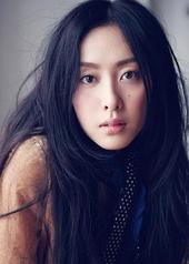 何卓霖 Jolie Ho