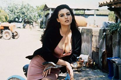 电影中十大性感女神,有颜值有身材